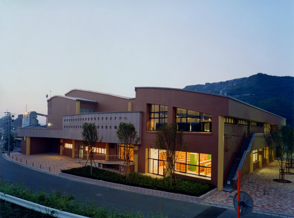 香春町民会館